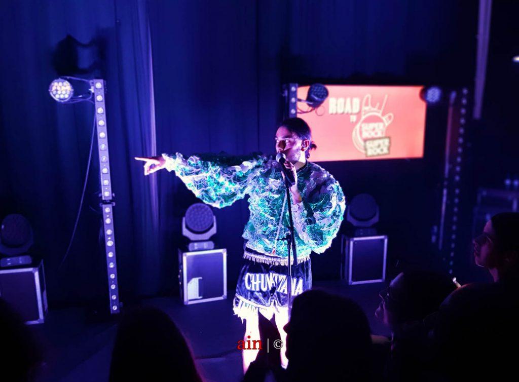Vídeo: Em Coimbra, Conan Osíris do pop contemporâneo a